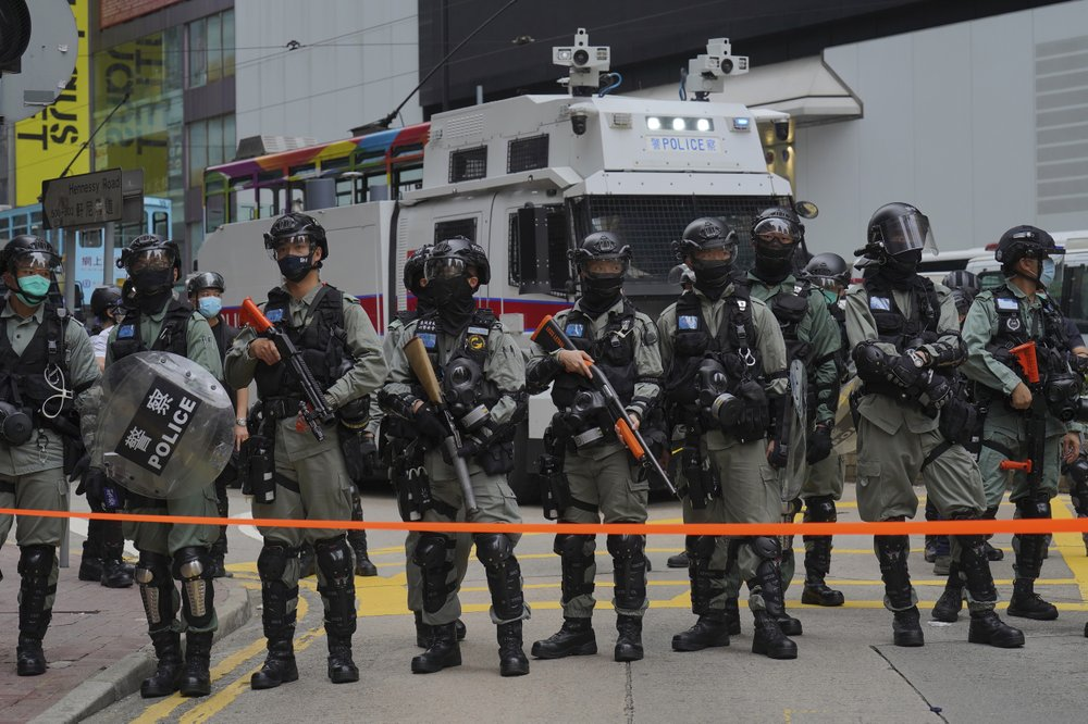 Hong Kong Legislature Surrounded by Riot Police as Protesters Gather Against Anthem Bill